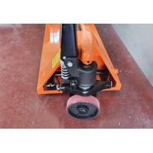 Manual pallet trucks. - 001797